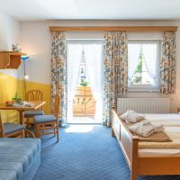 Zimmer mit Balkon im Hotel Garni - Pension Scheiblechner